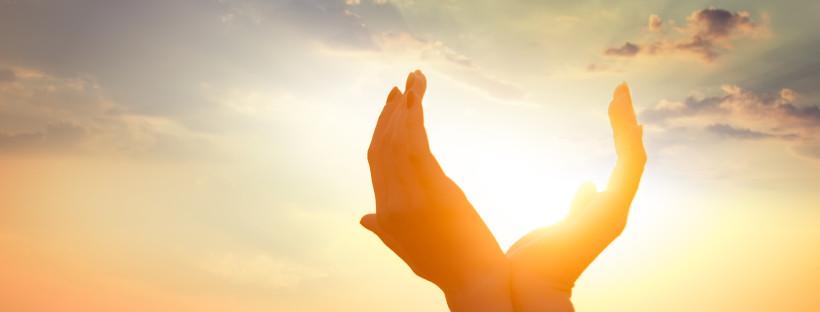 Glücklicher leben und das eigene Bewusstsein auf die positiven Dinge lenken